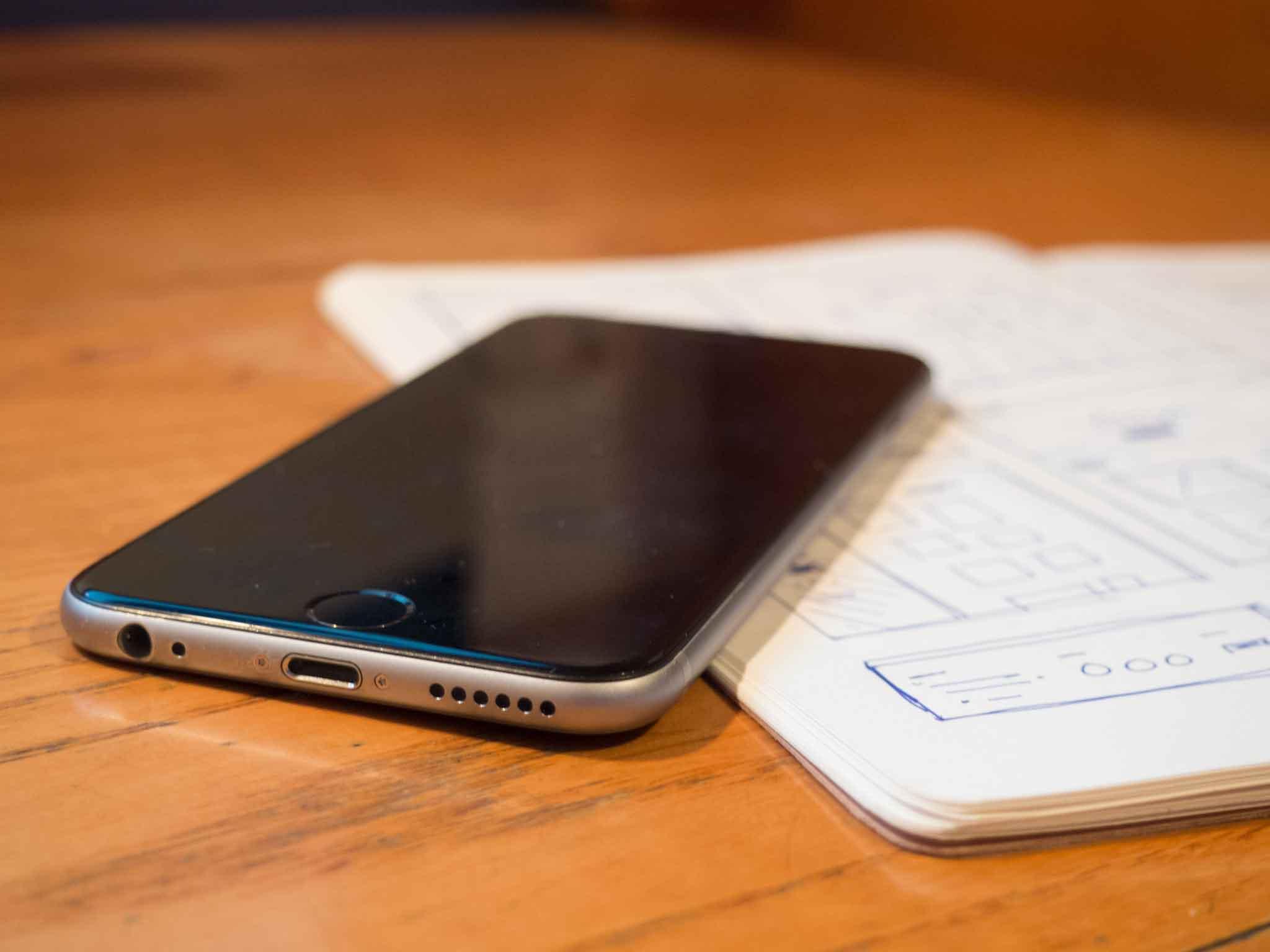 Telefon auf dem Tisch